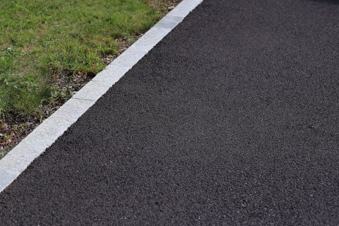 Kingston-upon-Thames Tarmac Driveway Specialists