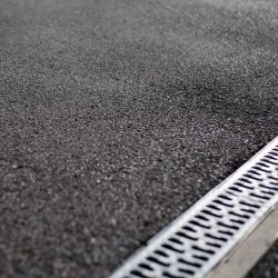 Find Tarmac Driveways company in Adversane