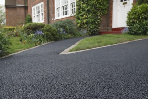Tarmac Driveways in Southern England